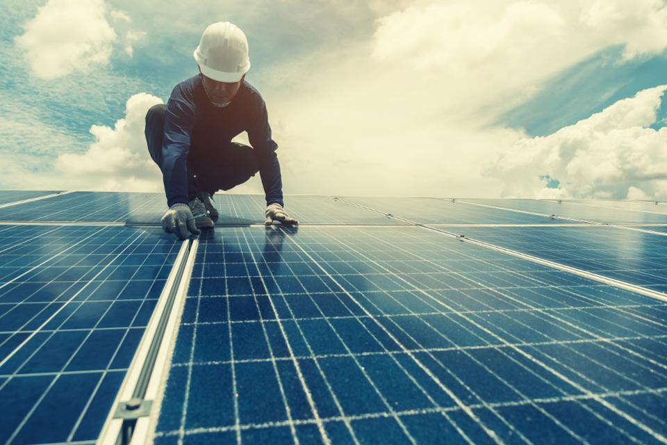 Three Reasons Why Builders Should Be Considering Solar Power